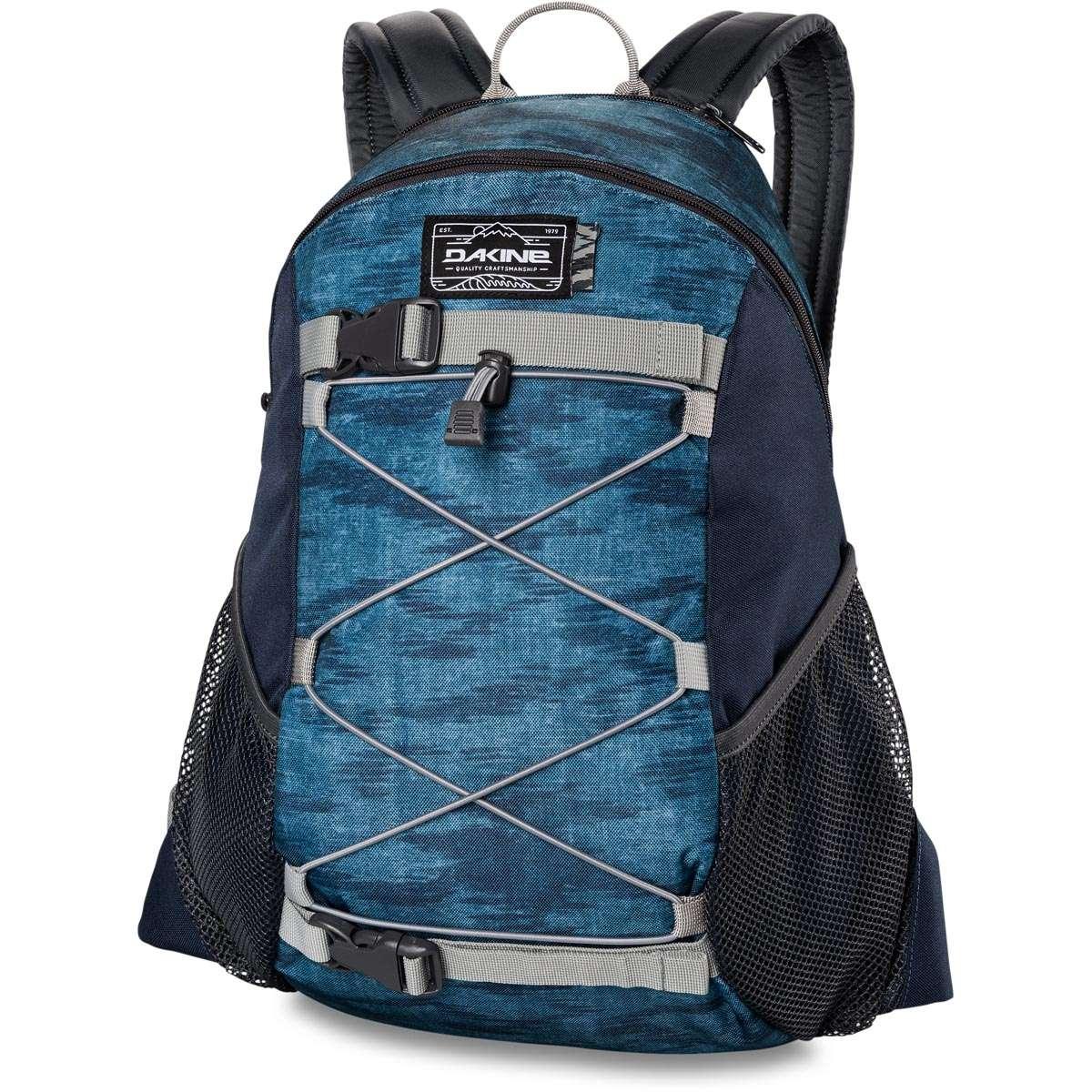5a4334460d688 Dakine Wonder 15L Backpack Stratus
